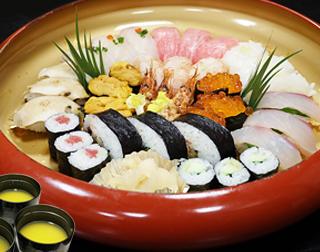 正月用特上寿司盛り合わせ